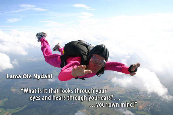 Lama Ole Nydahl Skydiving