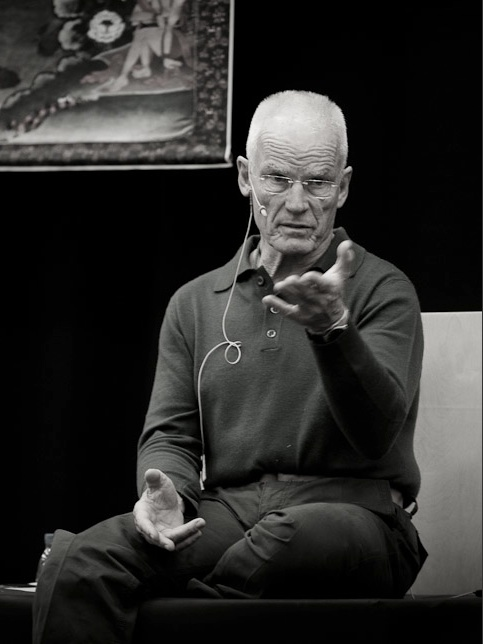 Lama Ole Nydahl teaching in 2010